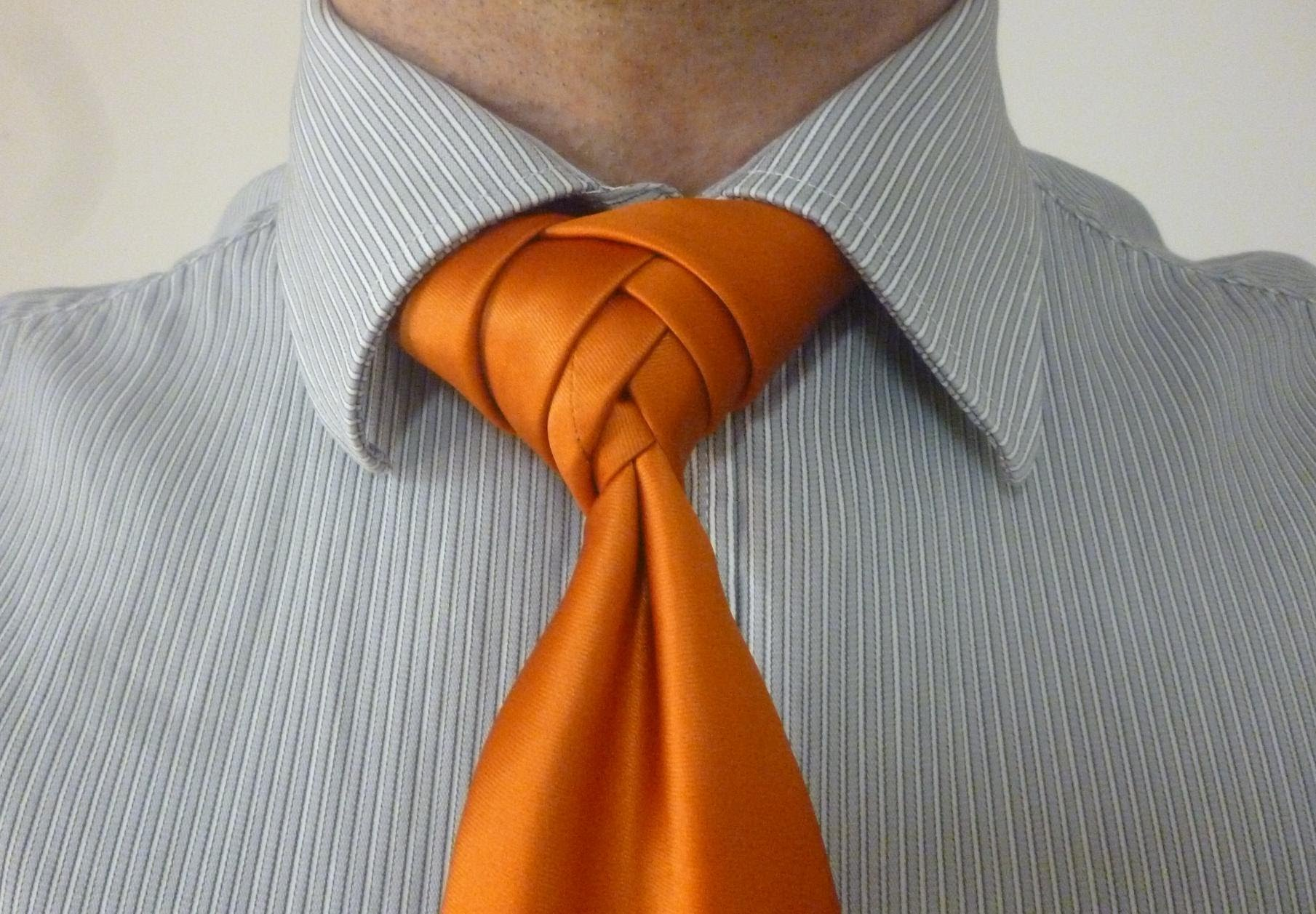 10 cool tie knots that ll get you noticed at a wedding or