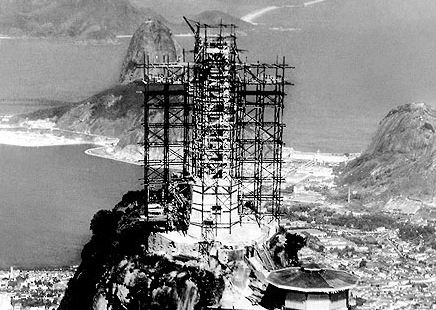 construction of the christ the redeemer